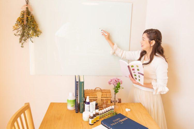 アロマアドバイザー資格教室風景